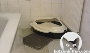 Dreieckige Katzentoilette, ideal für Ecken