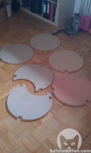 Die Holzböden für die Kratztonne